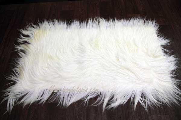 nappette descente de lit ch vre de chine grande douceur pour cette descente de lit en agneau tibet. Black Bedroom Furniture Sets. Home Design Ideas
