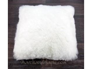 Coussin peau de mouton. Blanc poils courts