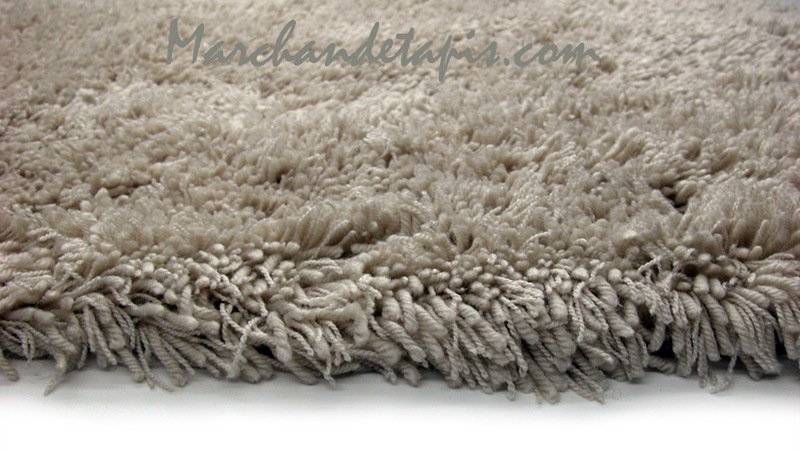 tapis shaggy acrylique 160cm x 230cm beige marchand de tapis. Black Bedroom Furniture Sets. Home Design Ideas