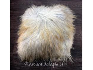 Coussin peau de mouton. Gris poils longs