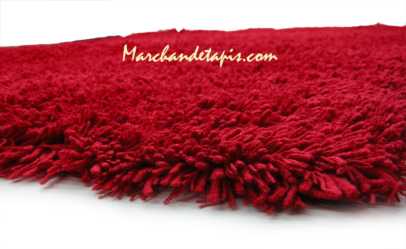 tapis shaggy acrylique 160cm x 230cm rouge marchand de tapis. Black Bedroom Furniture Sets. Home Design Ideas
