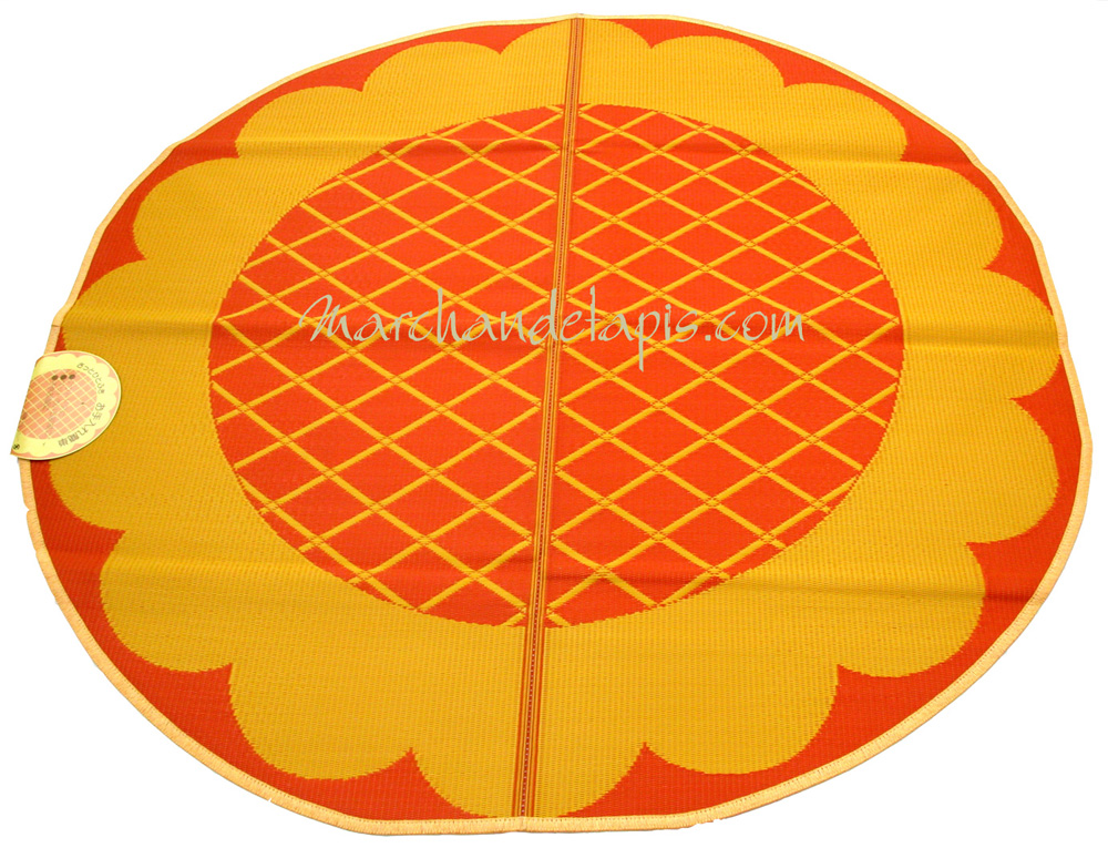 tapis enfant jaune orange plastique rond 174cm marchand de tapis. Black Bedroom Furniture Sets. Home Design Ideas