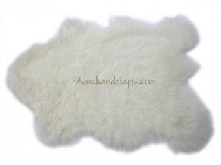 Tapis enfant laine. Imitation peau de Mouton