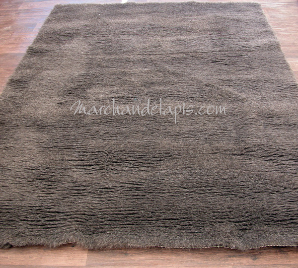 tapis laine 150cm carr gris le confort et la chaleur de. Black Bedroom Furniture Sets. Home Design Ideas