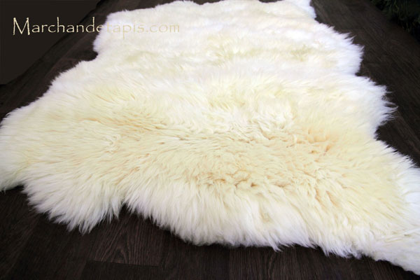 Tapis peau de mouton 4 peaux blanc naturel origine uk - Tapis imitation peau de mouton ...