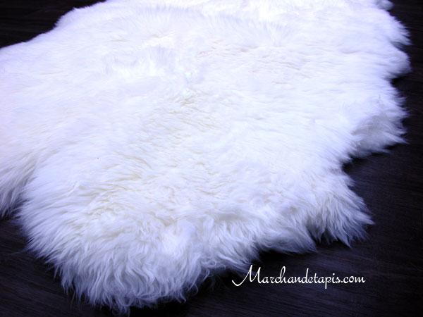 tapis peau de mouton quarto merinos qualit origine australie s lection par marchand de tapis. Black Bedroom Furniture Sets. Home Design Ideas