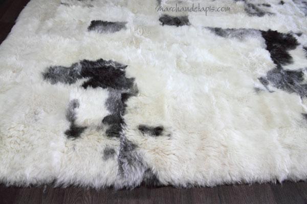 tapis peau de mouton mixmix taches 160cmx220cm slection marchand de tapis. Black Bedroom Furniture Sets. Home Design Ideas