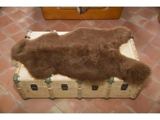 Peau de mouton. Marron - 100-110cm