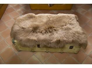 Peau de mouton. Beige - 110-120cm