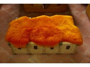 Peau de mouton. Orange - 110-120cm