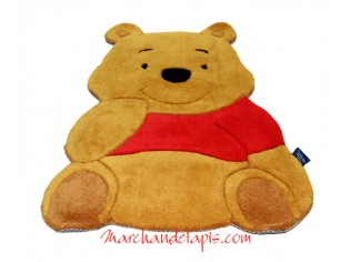 Tapis enfant Disney, Winnie assis