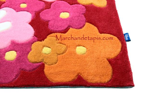 tapis de fleurs fleurs et plantes sur enperdresonlapin. Black Bedroom Furniture Sets. Home Design Ideas