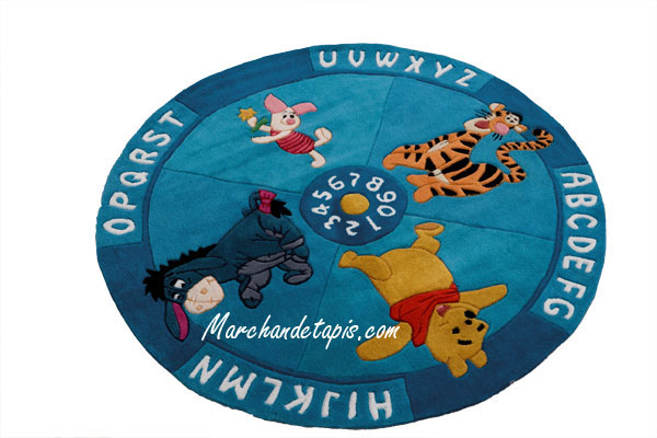 tapis enfant rond winnie alphabet et chiffres 150cm tapis enfant disney marchand de tapis. Black Bedroom Furniture Sets. Home Design Ideas