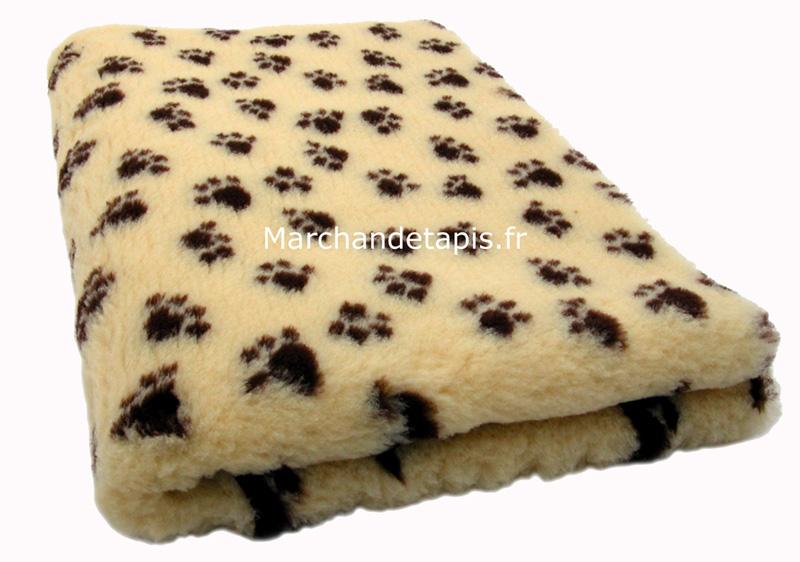 vente de tapis et de peluches des tapis en laines en peaux pour enfants et pour animaux. Black Bedroom Furniture Sets. Home Design Ideas