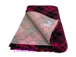 Tapis chien Drybed® antidérapant Tartan Cerise et Noir